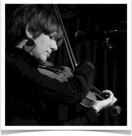 Jane Hilton playing Violin